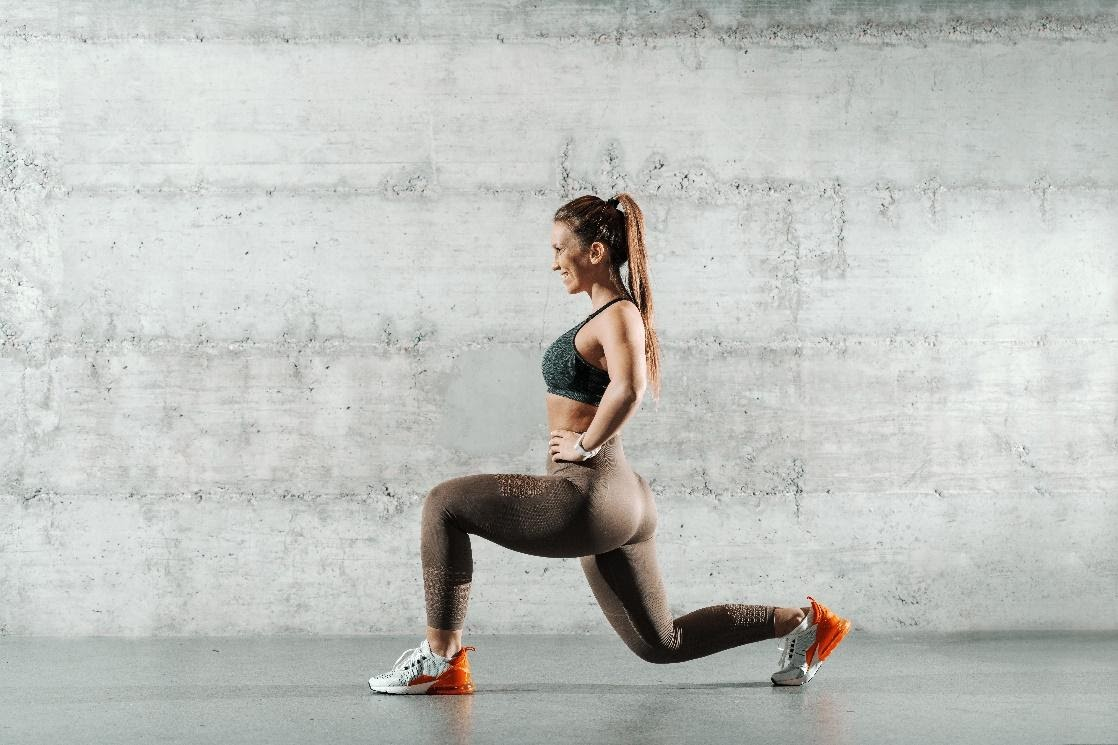 Woman working out for fat loss